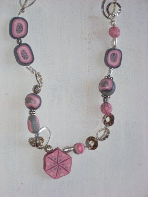 Long Necklace in Pink and Silver.