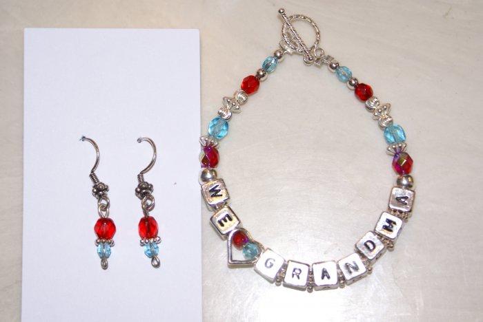 We Love Grandma Birthstones Bracelet (Custom order)