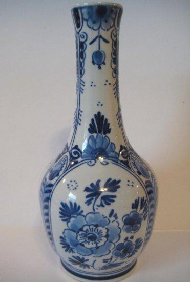 Royal Delft De Porceleyne Fles Blue and White Slim Necked Vase