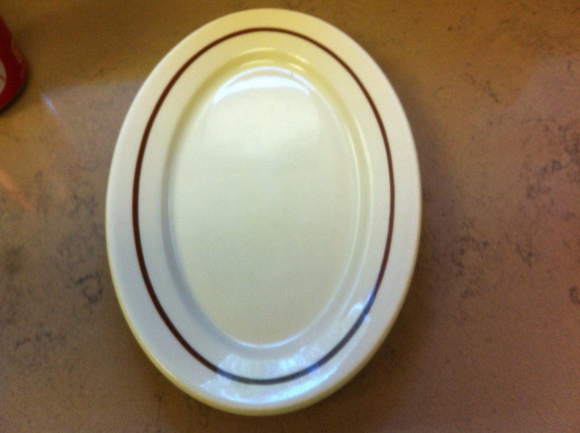 1 Medium Syracuse China Adobe Ware Oval Platter