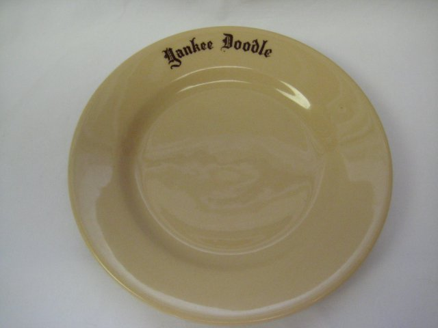 Vintage Yankee Doodle Tan Restaurant Ware Plate by McNicol Roloc China