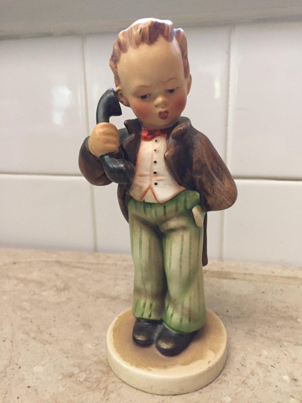 Older Vintage Hummel Hello Boy on Phone 724/0