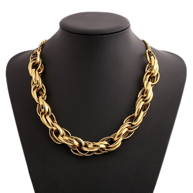 Big Retro Short Necklace
