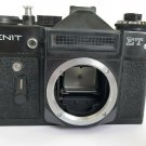 """RUSSIAN USSR """"ZENIT-ET"""" camera body only Viewfinder optical system is dirty"""
