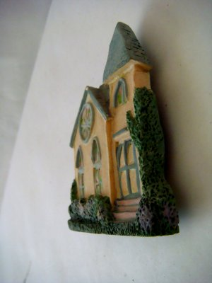 Miniature Plaster 3-D Church with Rose Window + magnet