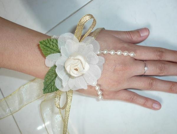Champagne Satin, Cream Rose & Pearl Lace Wrist Corsages (LMC005)
