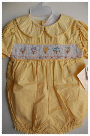 House of Hatten Boutique Girls Yellow romper 4T NWT
