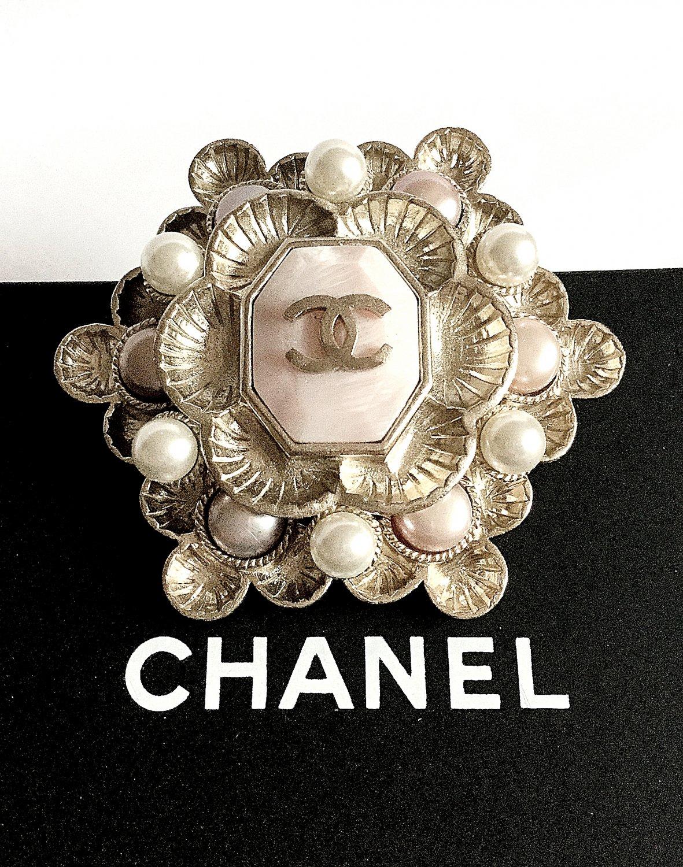 CHANEL Brooch 2016 Byzantine Pink Silver Pearl Retro Gold Petal CC