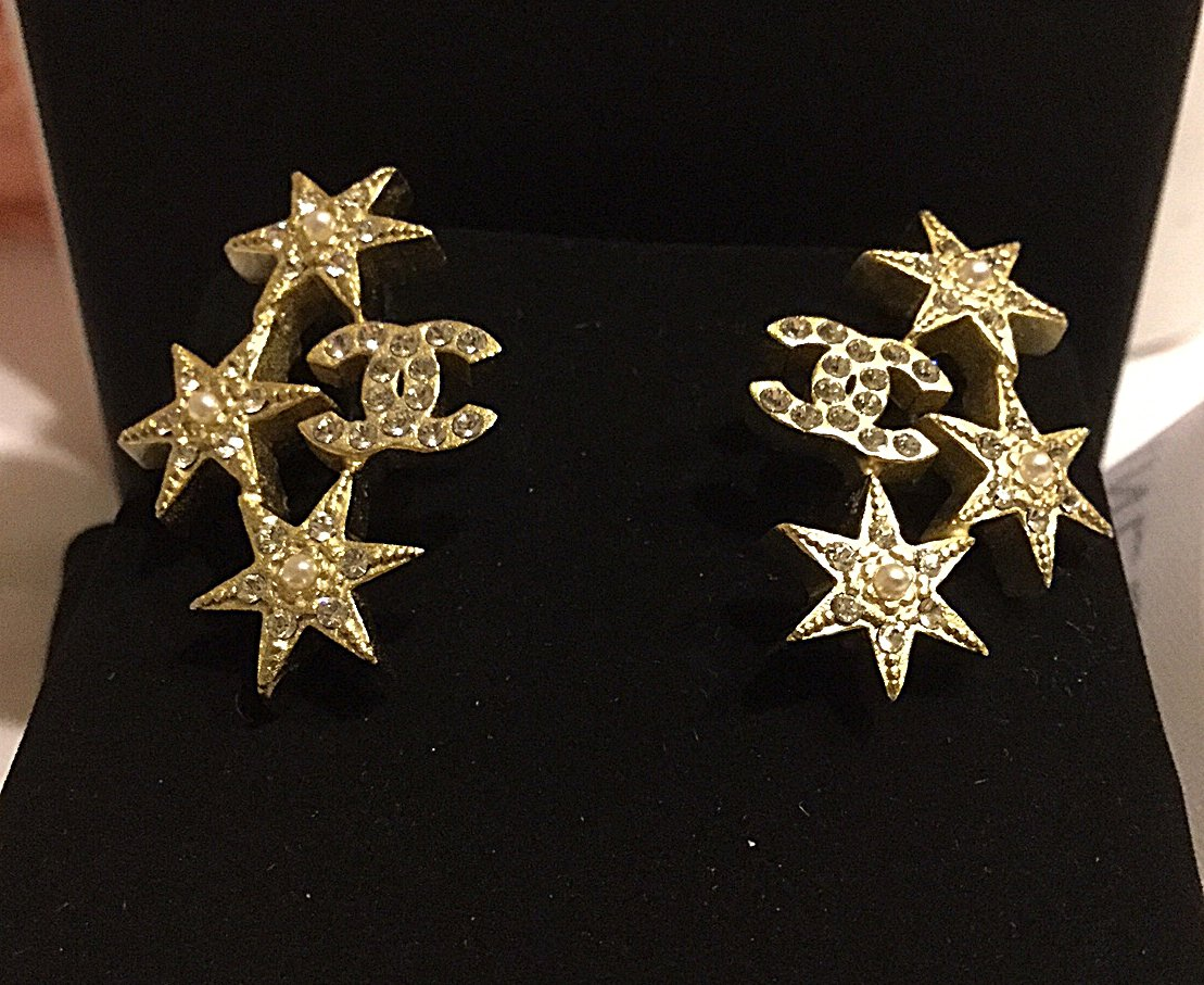 Chanel cc pearl crystal star gold stars stud earrings for Star hallmark on jewelry