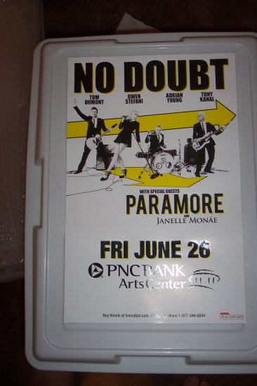 No Doubt Paramore Concert Poster