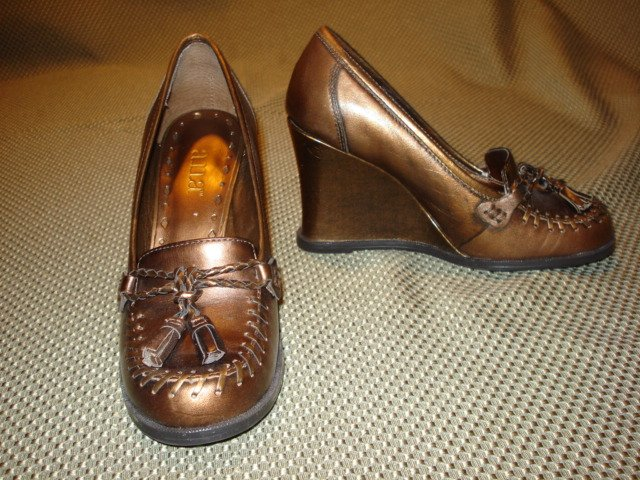 Bronze Wedge Shoes size 5 M