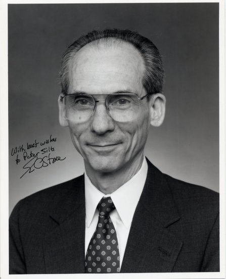 NASA Voyager Space Scientist EDWARD C STONE Hand Signed Photo 8x10