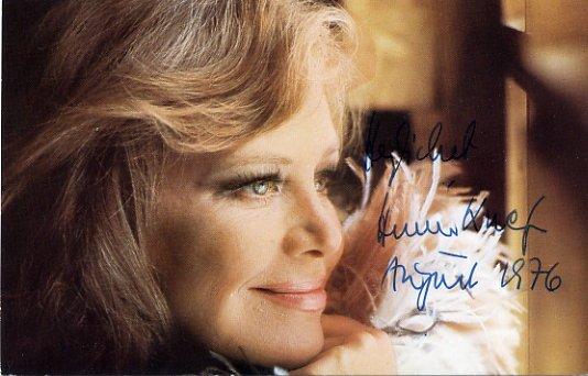 German Actress & Singer HILDEGARD KNEF Hand Signed Photo 1976