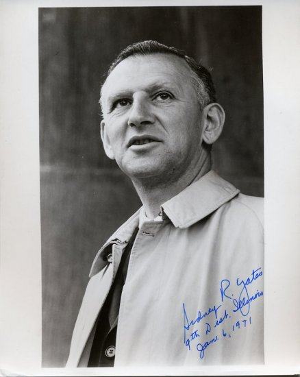 Illinois Representative SIDNEY R. YATES Hand Signed Photo 8x10 from 1971