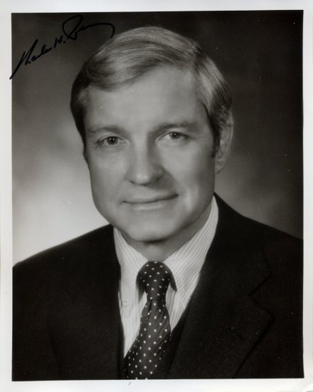 Illinois Senator CHARLES H. PERCY Hand Signed Photo 8x10 from 1970s