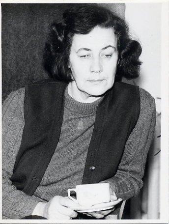 Estonian Poetess & Translator DEBORA VAARANDI Autographed Photo 1970s