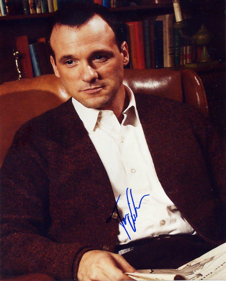 American Dreams TV Actor TOM VERICA Hand Signed Photo 8x10 as Jack Pryor
