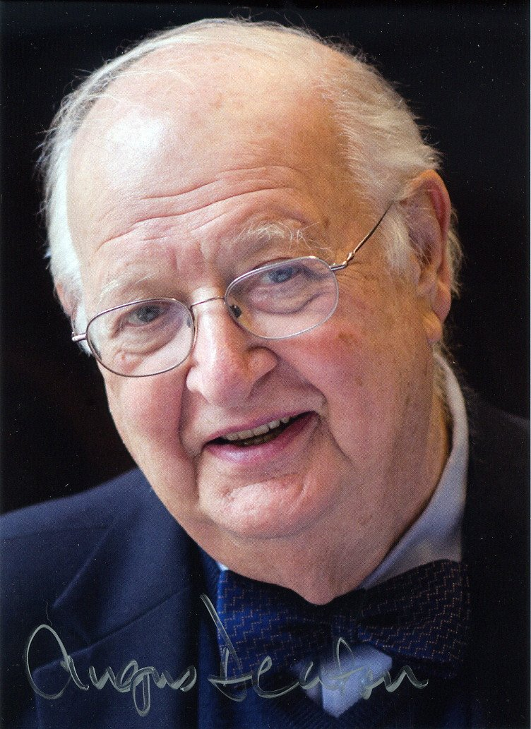 2015 Nobel Prize in Economics ANGUS DEATON Hand Signed Photo 5x7