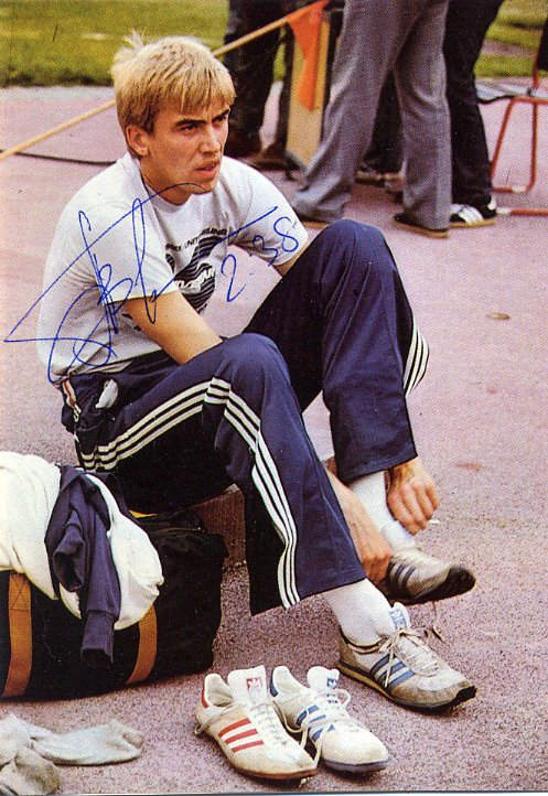 (R) 1988 Athletics High Jump Gold GENNADY AVDEYENKO Hand Signed Photo Card 1980s