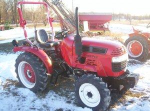 New 2008 Farm Pro 2425 Diesel 4x4 Tractor -25hp
