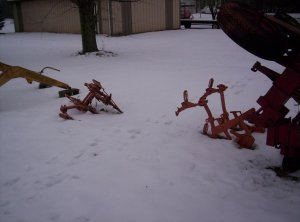Allis Chalmers CA - Mounted Cultivator Set