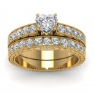 Ring with zirconium, heart-shaped rhinestones, gold color