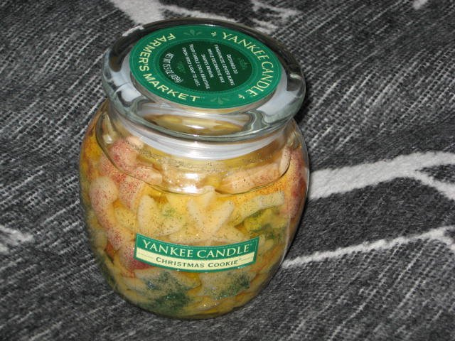 Yankee Candle Christmas Cookie 15.5 Oz Jar Candle Farmers Market