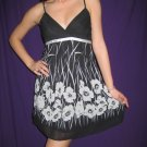 FOREVER 21 Black & White Chiffon Floral Baby Doll - L