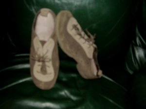 WOMENS ST JOHNS BAY SHOES SZ 7 M LEATHER UPPER