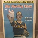 ROLLIE FINGERS SAN DIEGO PADRES SPORTING NEWS 4/30 1977
