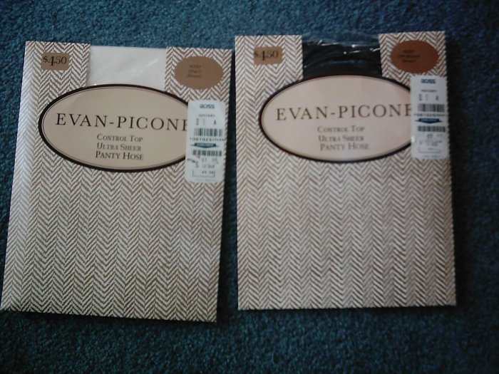Evan-Picone Ultra Sheer Panty Hose Size S NEW