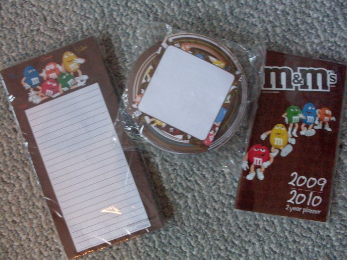 Lot 3 NEW M&M's magnetic notepad & 2009 2 year planner