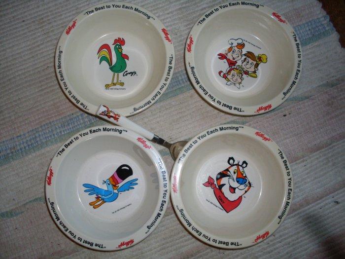 4 Kelloggs Cereal Bowl Set & Tony the Tiger spoon