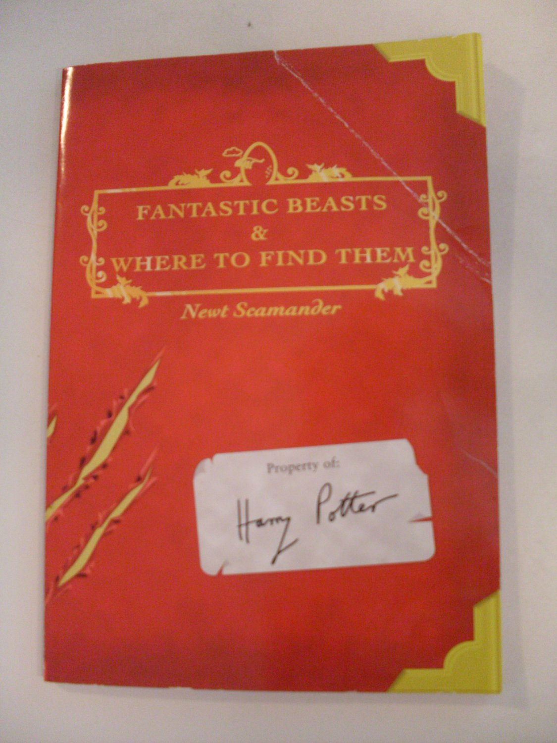 Harry Potter Book Fantastic Beasts and Where to Find Them