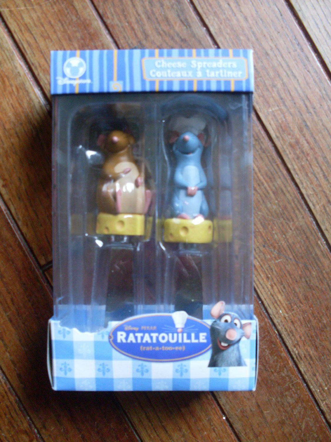 SOLD NEW Remy Ratatouille Pixar Cheese Spreaders Boxed Set