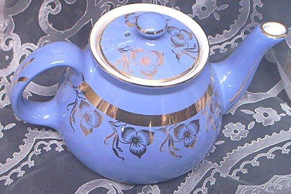 Vintage Hall Teapot~Beautiful Blue~22k Gold Design~Marked~Lovely~New York Pattern