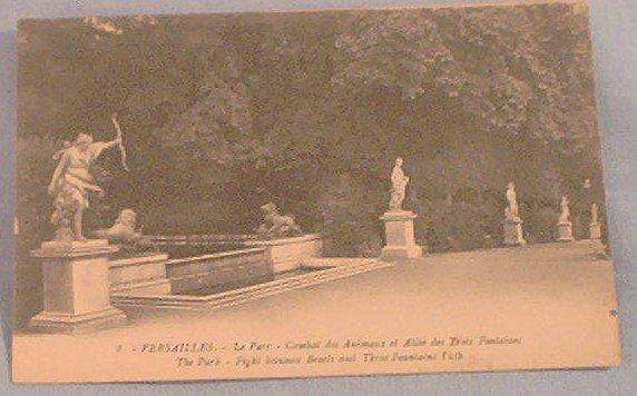 France~French~Postcard~Versailles~Le Parc~Animaux et Allee des Trois Fontaines~Vintage