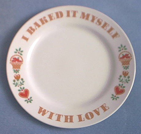 AVON BAKED WITH LOVE PLATE ~1982~APPLE BASKET~HEART