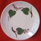 SOUTHERN POTTERIES BLUE RIDGE BREAD PLATE ~STANHOME IVY~GREEN HEARTS-RED BERRIES