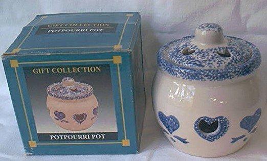 BLUE AND WHITE SPONGED HEART DESIGN POTPOURRI JAR ~IN ORIG BOX~C 1980'S
