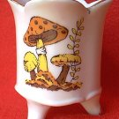 MUSHROOM DESIGN 3-FOOTED CANDLE HOLDER SPOONER~JAPAN~PORCELAIN~GOLD TRIM~2.75 in