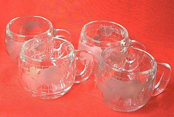 VINTAGE 4 NESTLE NESCAFE GLASS WORLD MUGS ~SET OF 4~MAP