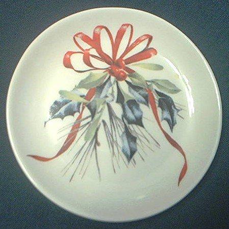 Lenox china catherine mcclung winter greetings small dish 4 inch lenox china catherine mcclung winter greetings small dish 4 inchred ribbonhollychristmas m4hsunfo