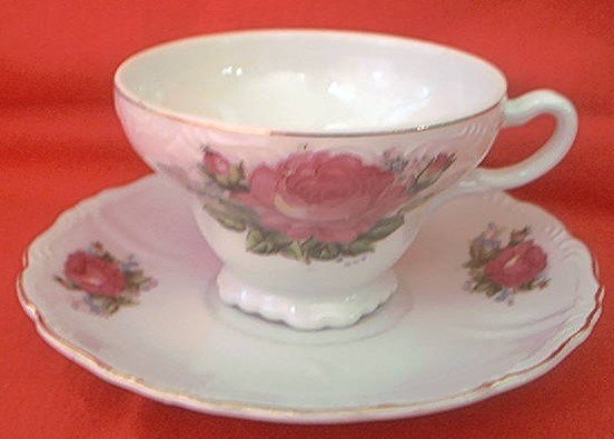 VINTAGE ROSE CUP AND SAUCER ~RED MARK JAPAN~GOLD TRIM~LOVELY