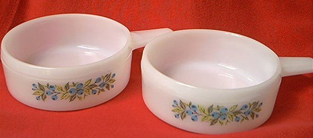 VINTAGE JEANNETTE GLASBAKE STACKING HANDLED BOWLS -SET OF 2 ...