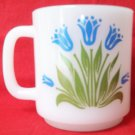 GLASBAKE STACKING TULIP DESIGN MUG ~MILK GLASS~PYRO~JEANNETTE