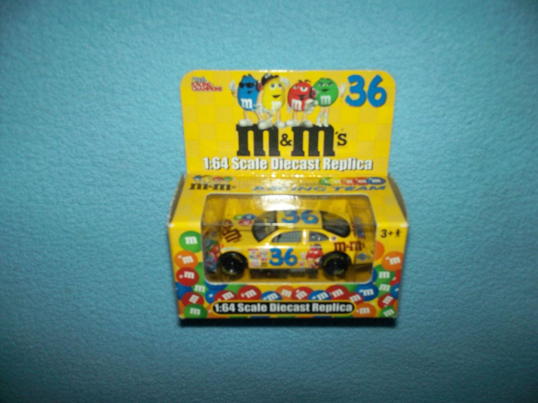 NASCAR RACING CHAMPIONS KEN SCHRADER # 36 M /& M/'s BRAND 2002 GRAND PRIX CAR BOX