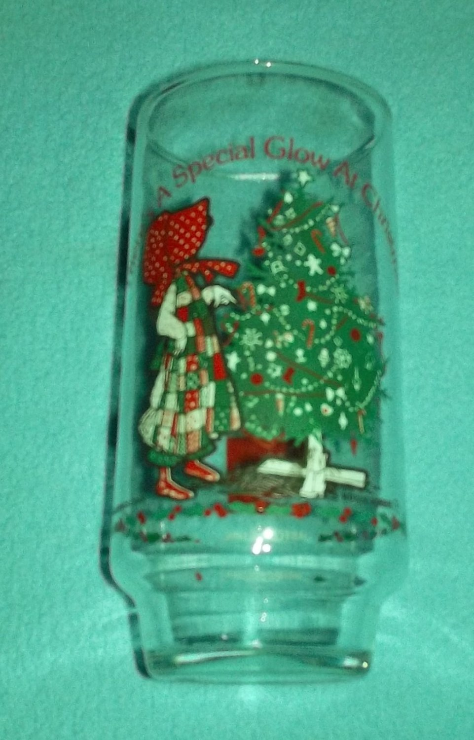 HOLLY HOBBIE COCA COLA CHRISTMAS PROMOTIONAL ADVERTISING GLASS Special Glow