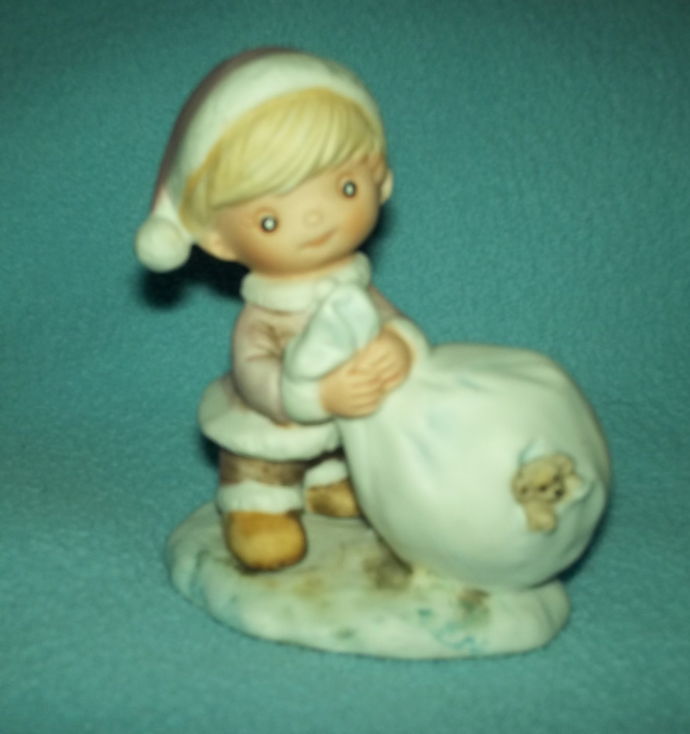 VINTAGE HOMCO BLOND CHRISTMAS GIRL WITH SACK  AND PUPPY