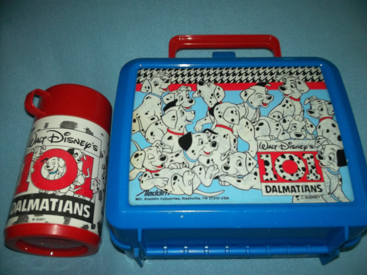 VINTAGE 101 DALMATIANS DISNEY~LUNCH BOX~PLASTIC~WITH THERMOS~BLUE